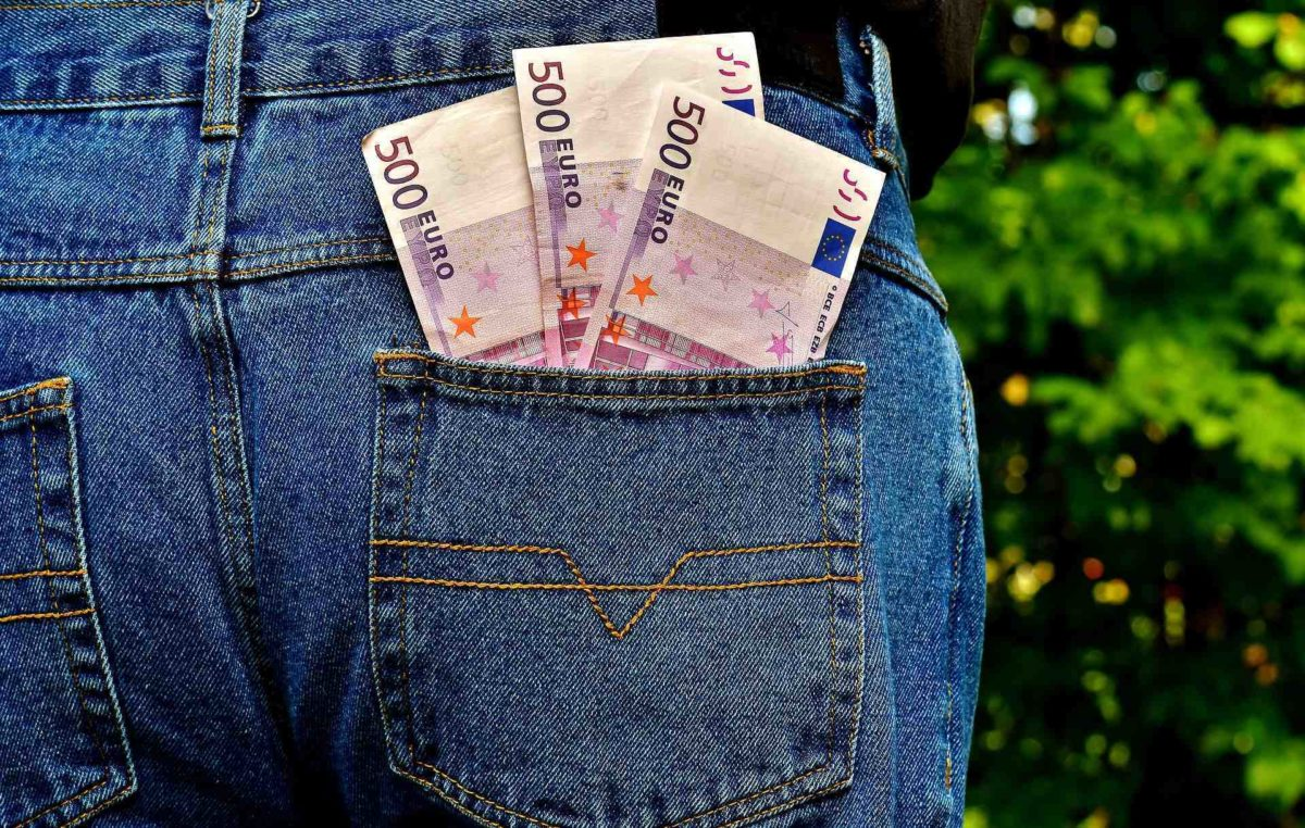 Schulgeld an den Freien Schulen und die versteckten Nebenkosten von Regelschulen