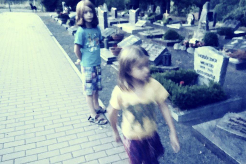 Mit Kindern über den Tod reden