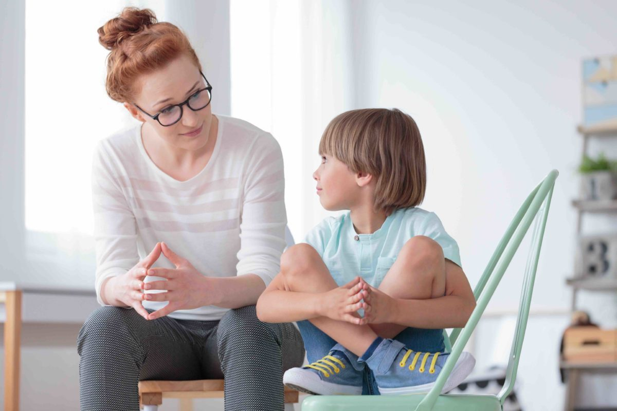 Kindern Zuhören